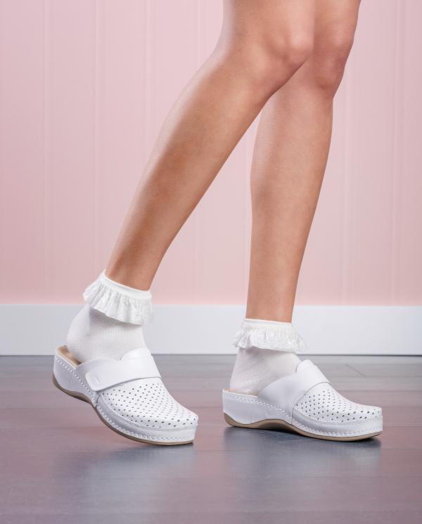 2022 LEON Comfort női bőr klumpa